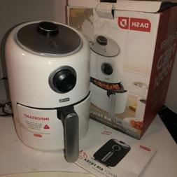 Dash 2 Qt 1000 Watts Compact Air Fryer -white Matte Color Fi